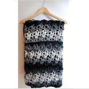 Accessories - Handmade infinity scarf